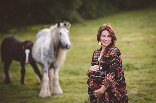 outdoor-winter-maternity-shoot-heline-bekker012