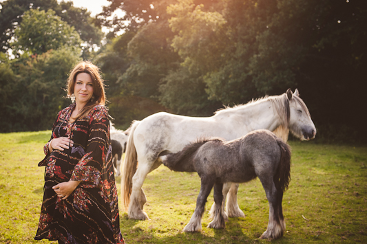 outdoor-winter-maternity-shoot-heline-bekker036