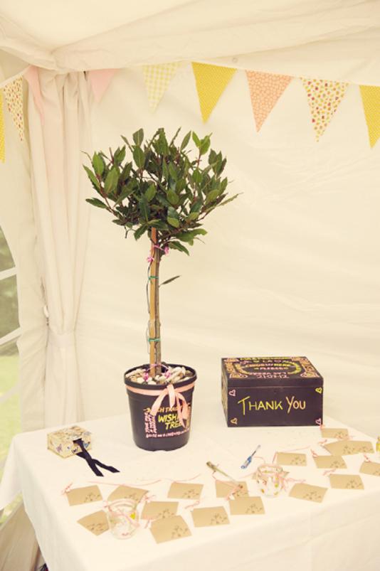Kent Vintage Wedding Festival Caroline & Glenn Tenterden Rebecca Douglas Photography 27