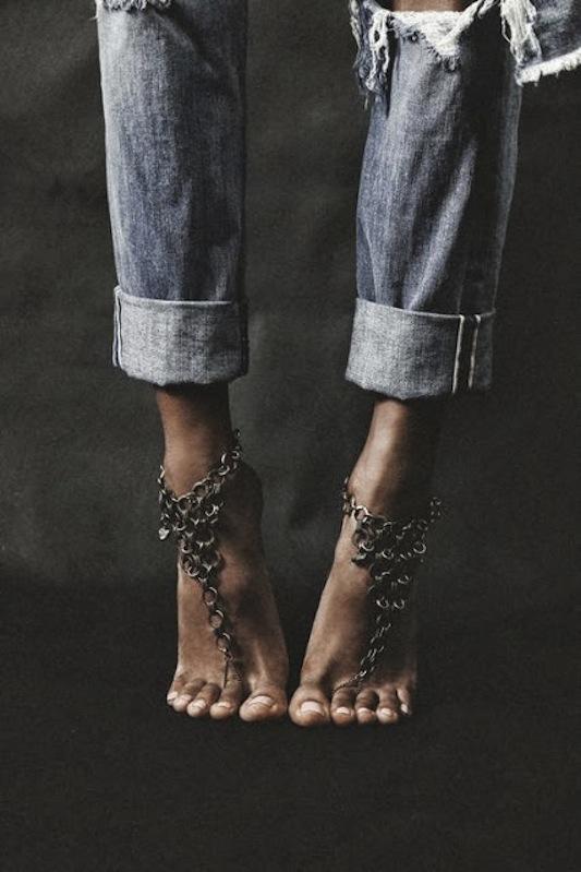 Foot chain 1