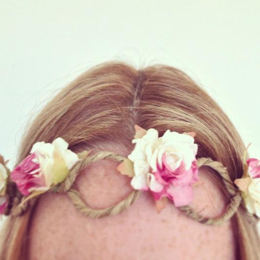 floral-twine-head-garland