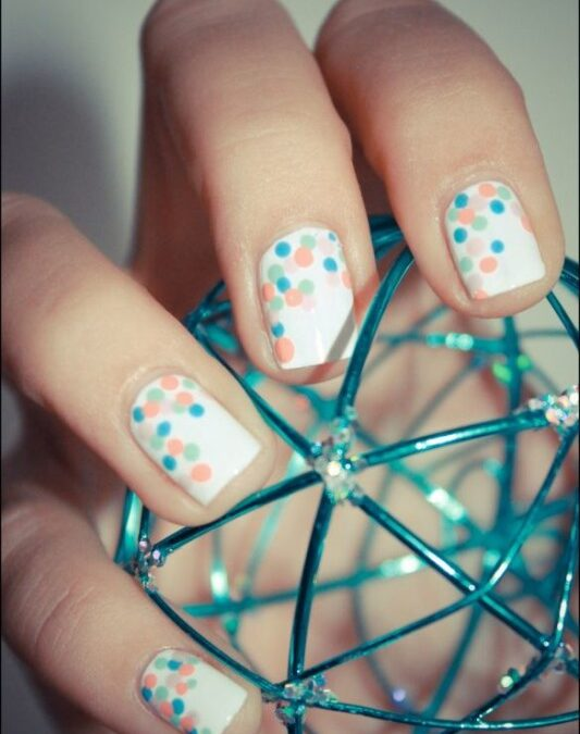 Free Spirited Friday – Pretty Up Those Hands with Some Nail Art