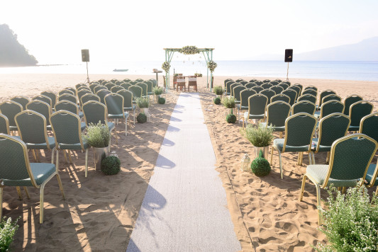 ANVAYA COVE BEACH SETUP