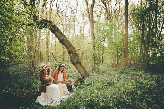 An Unkempt yet Enchanting Woodstock Inspired Shoot…
