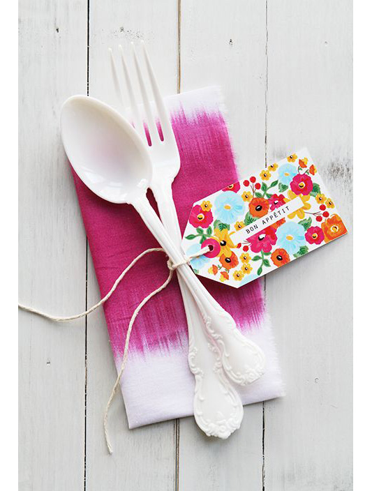 alternative-wedding-napkin-ideas-colour