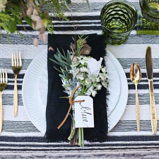 alternative-wedding-napkin-ideas-herbs-and-flowers
