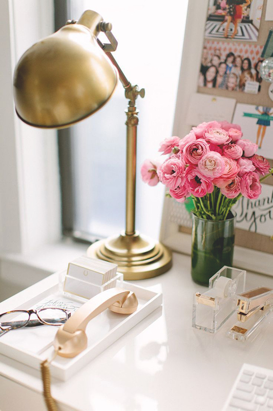 http-::interiorsbystudiom.com:glam-decor-kate-spade-office-design-workspace-ideas: