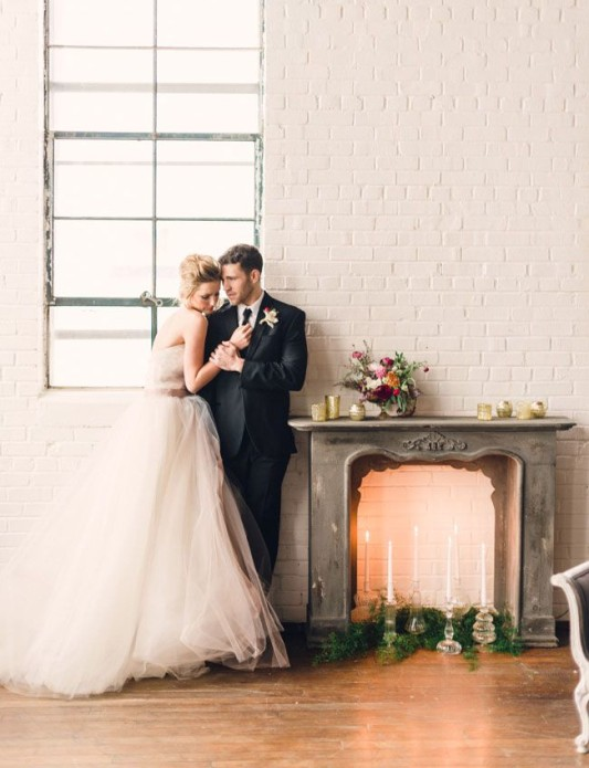 Fireplaceweddinginspiration35