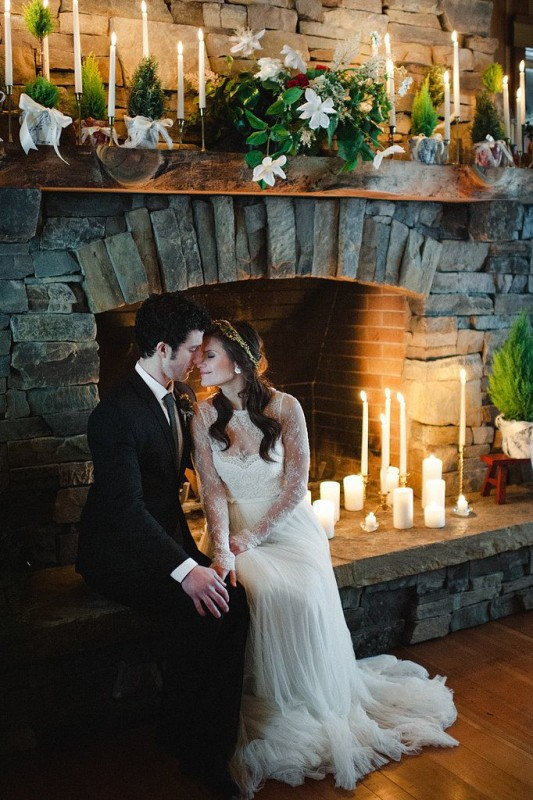 Fireplaceweddinginspiration37