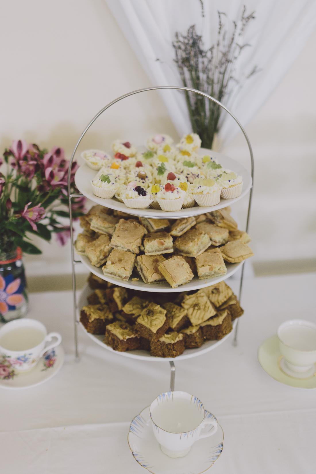 Flo + Ollie Tewkesbury Festival Wedding Scuffins Photography 072