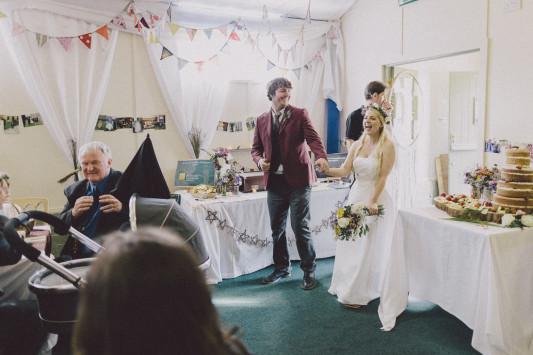 Flo + Ollie Tewkesbury Festival Wedding Scuffins Photography 089