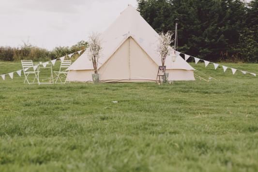 Flo + Ollie Tewkesbury Festival Wedding Scuffins Photography 104