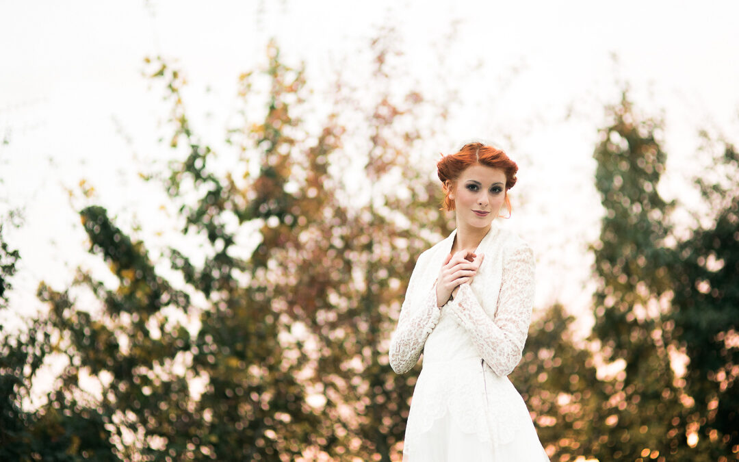 When The Autumnal Outdoors Met The Glamour of Vintage – A Styled Shoot by Blue Wren Events