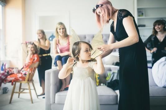 081-Bride getting ready - flowergirl getting her wings