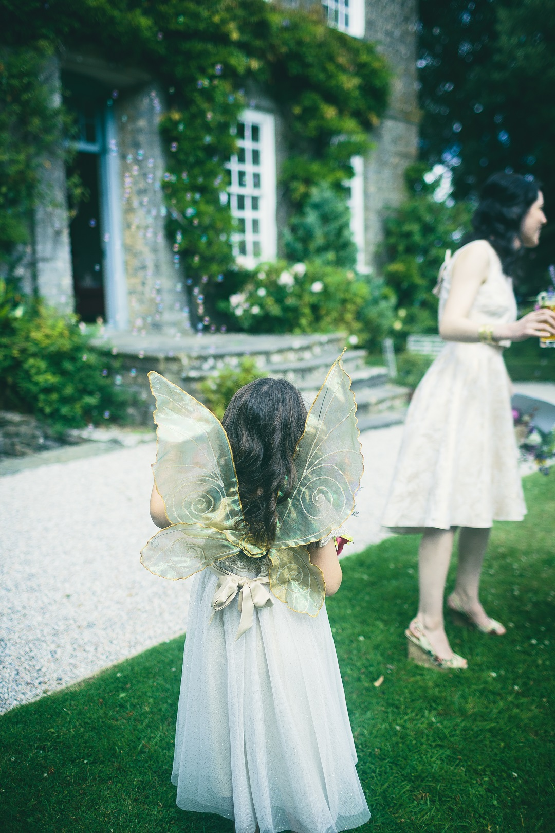 133-Reception - flowergirl wings