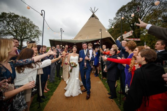 outdoor-festival-tipi-wedding-venue-yorkshire-dales
