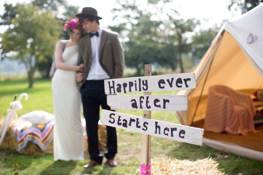 outdoor-festival-wedding-venue-in-norfolk