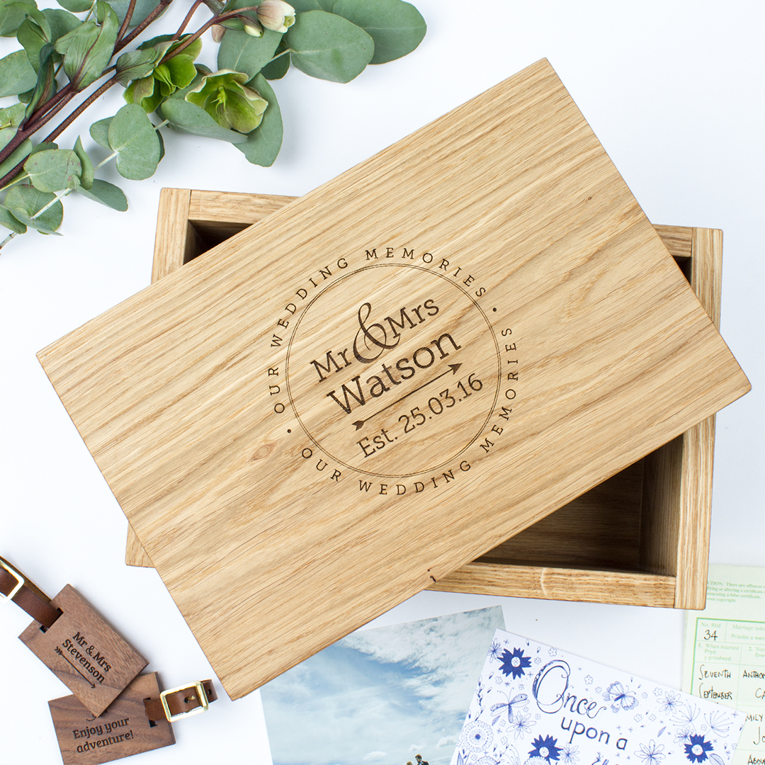 Personalised-oak-keepsake-box-wedding-memories-MLM208