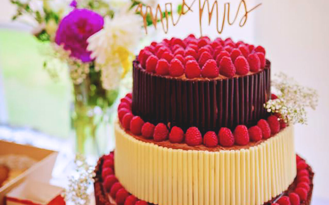 Festival Brides Love: Wedding Cakes by Emily's Mixing Bowl