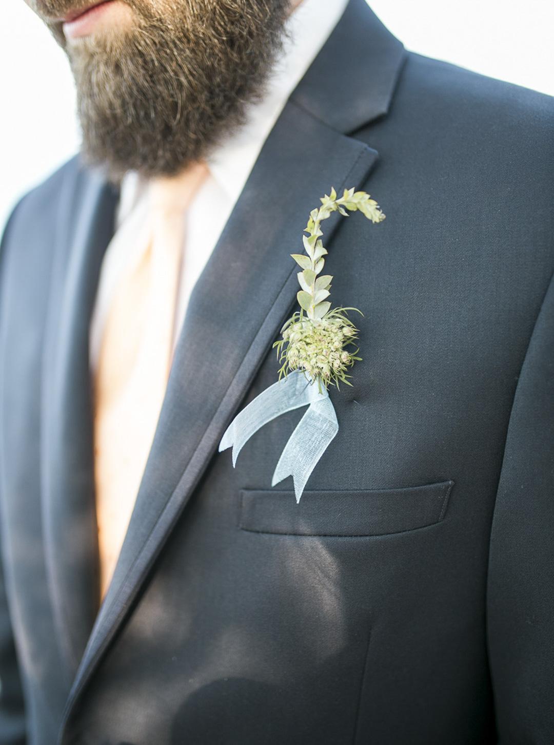 112-milwaukee-wedding-photography-twin-lens-weddings