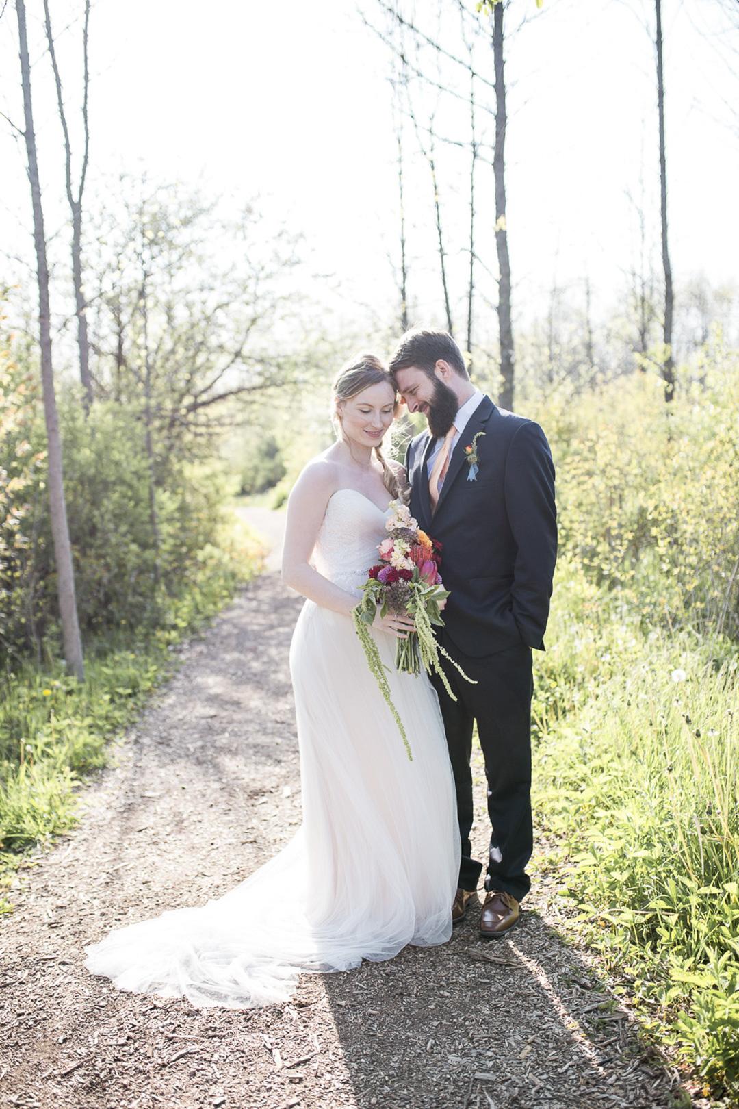 18-milwaukee-wedding-photography-twin-lens-weddings