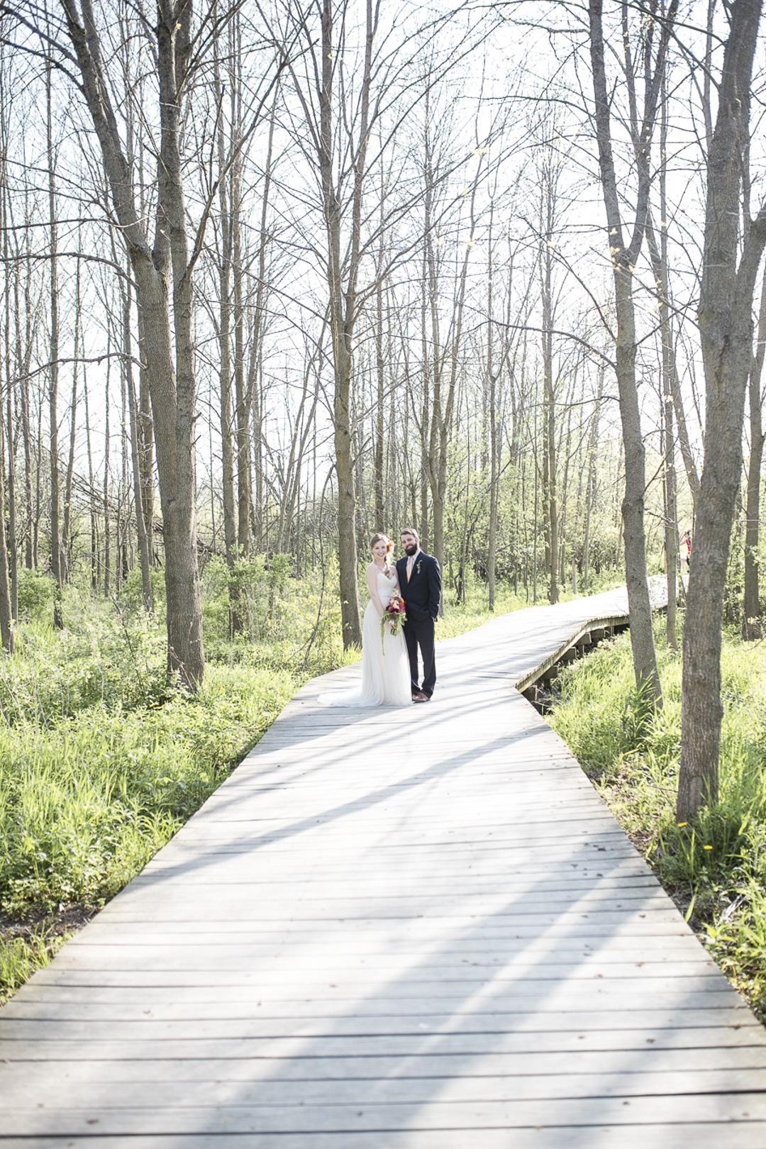 19-milwaukee-wedding-photography-twin-lens-weddings