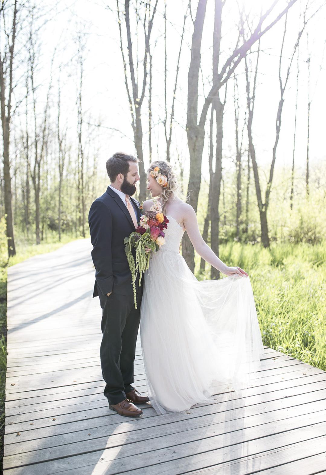 28-milwaukee-wedding-photography-twin-lens-weddings