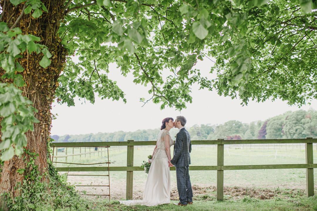 Karen-Flower-Herons-Farm-wedding-1097
