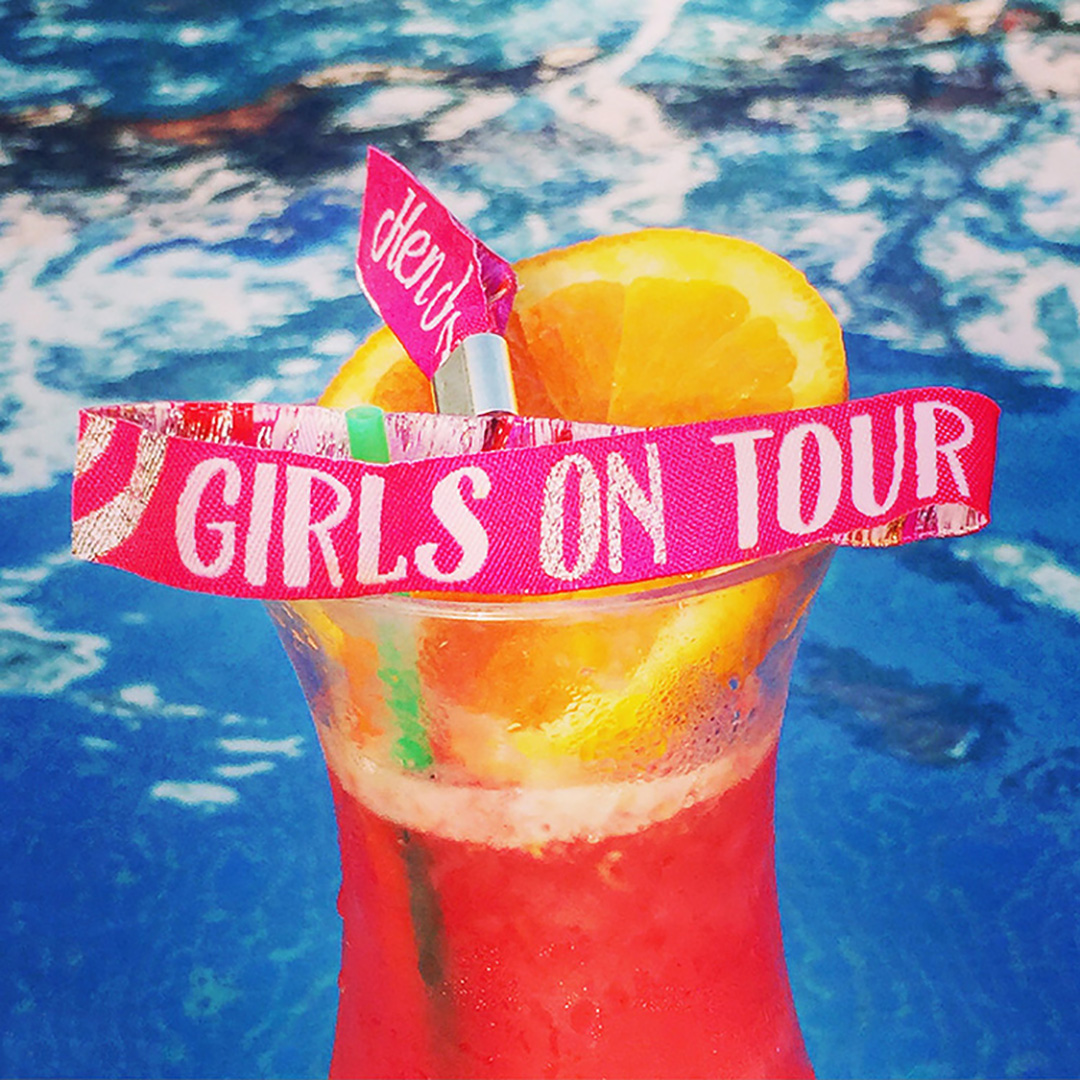 girls-on-tour-hen-party-wristbands