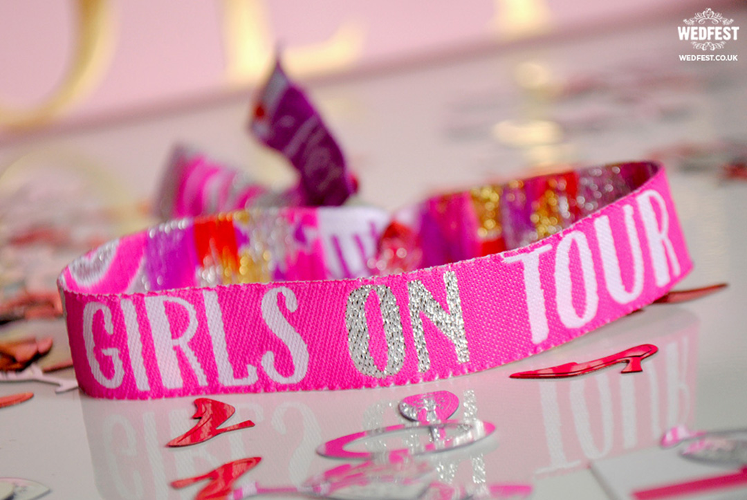girls-on-tour-hens-party-wristband