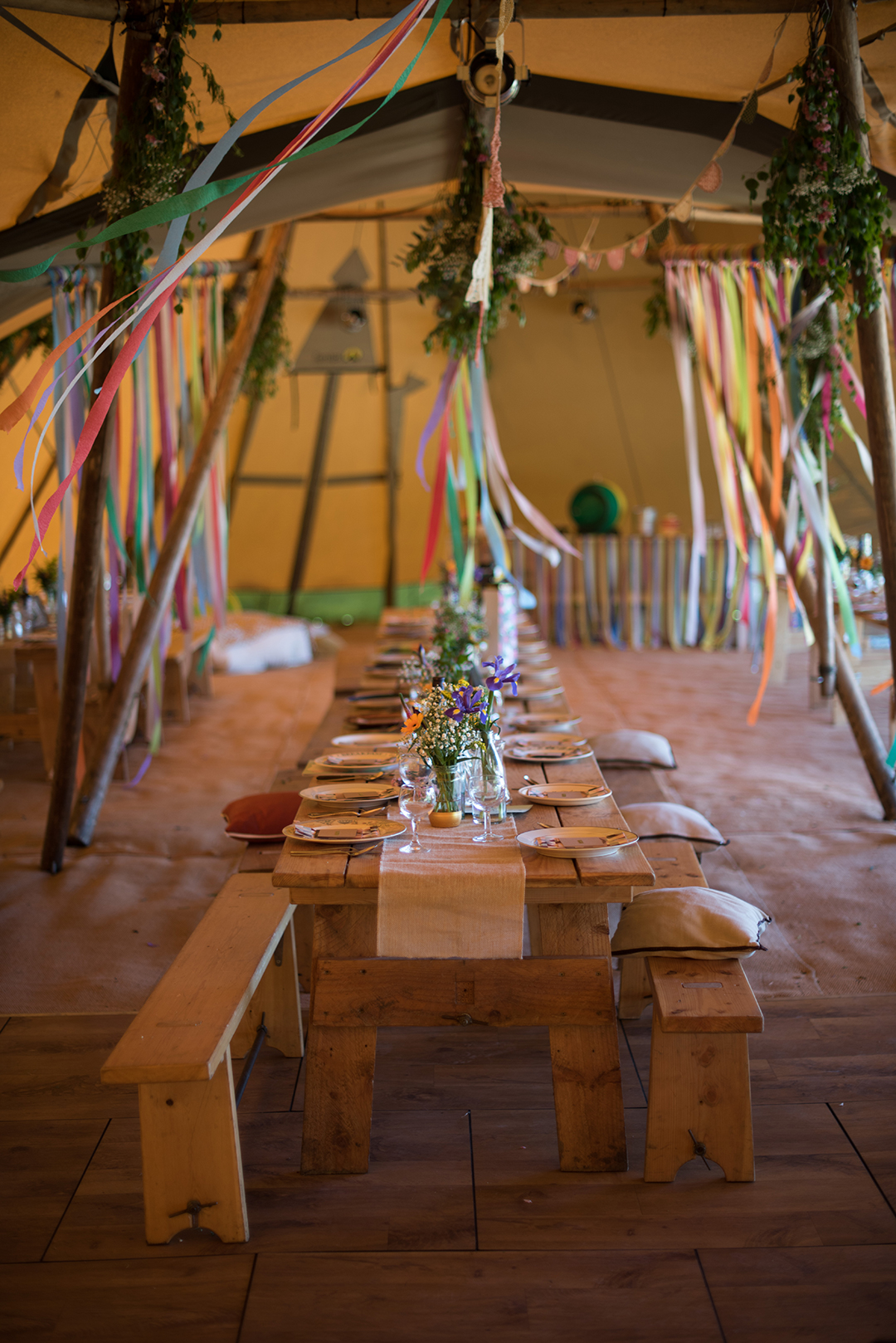 tipi wedding decor ideas for a festival style wedding