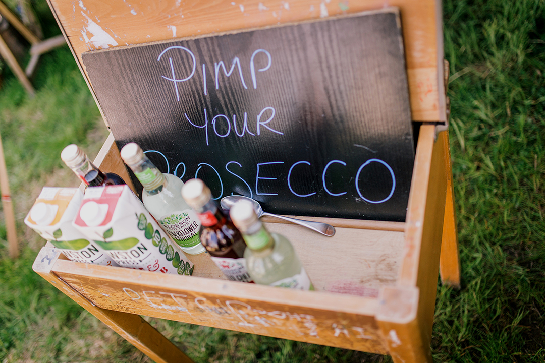 pimp your prosecco | wedding drink ideas for a festival style wedding