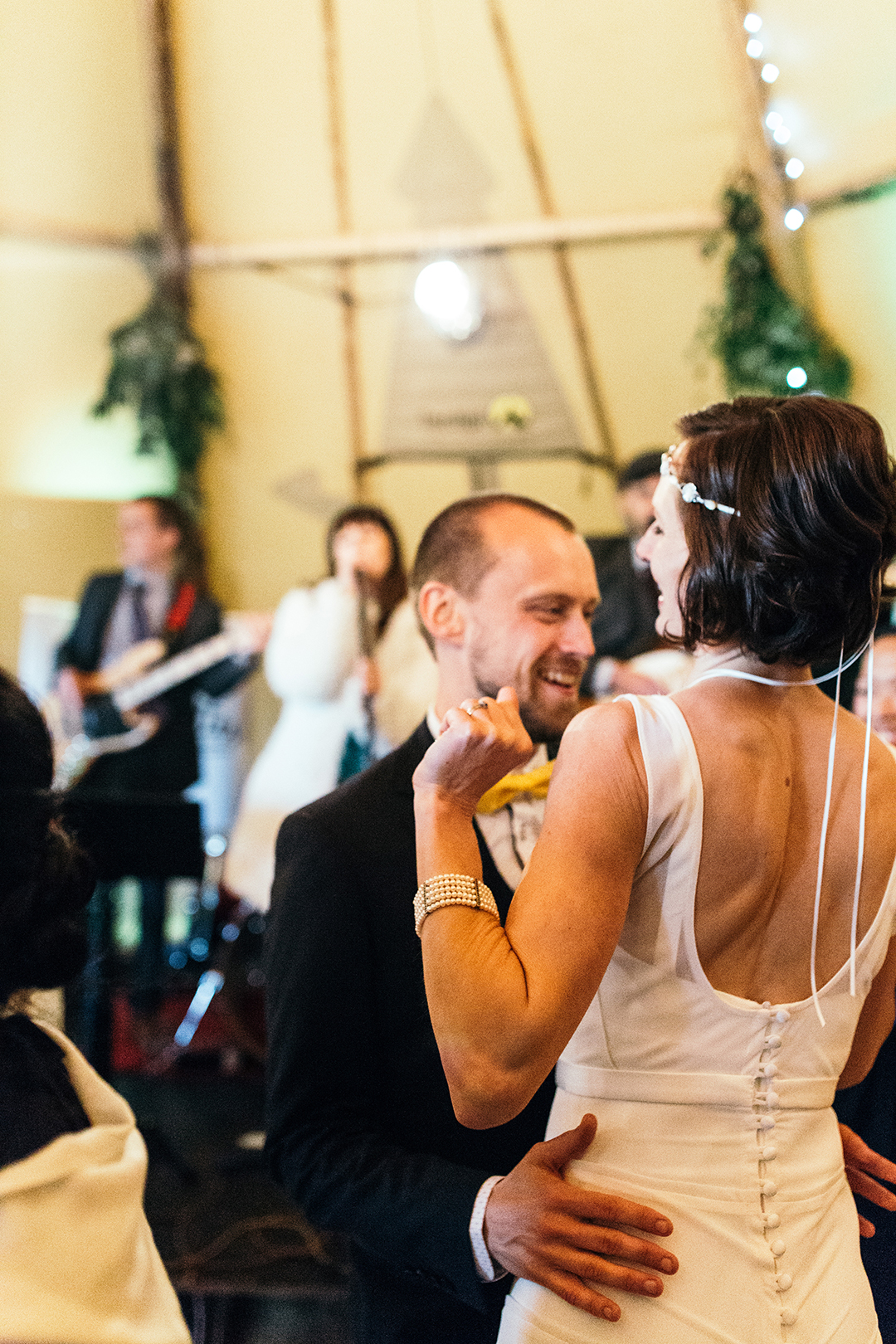 first-dance-in-a-wedding-tipi-at-a-festival-wedding
