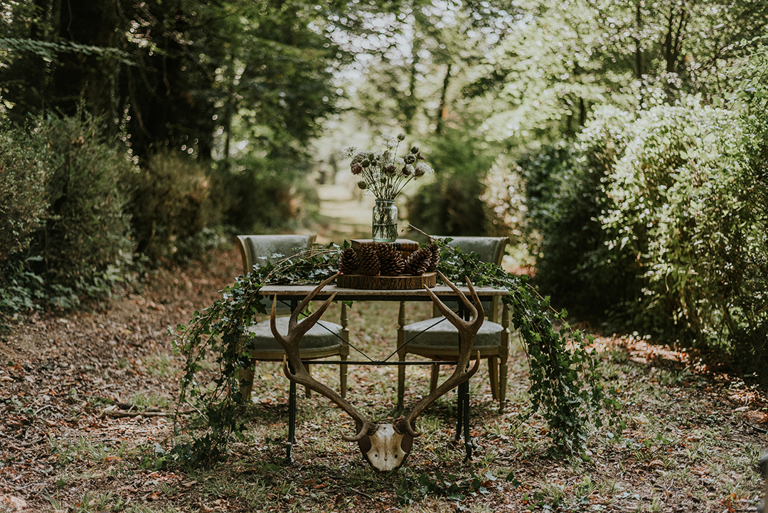 wilderness-weddings-outdoor-festival-wedding-venue-in-kent-woodland-ceremony-area