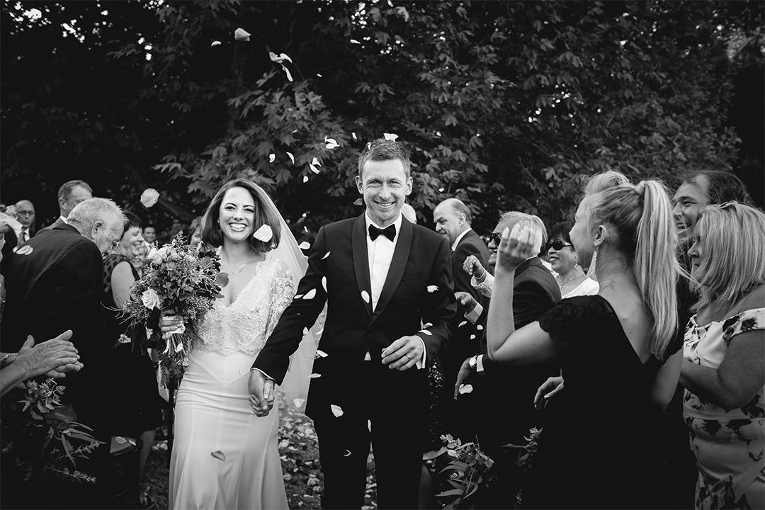festival-brides-love-tracey-hosey-wedding-photography-natural-documentary-photos