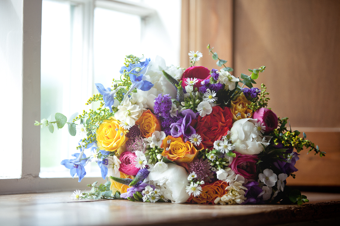 colourful-flower-bouquet-elfestival-ellen-and-alex-real-festival-style-wedding