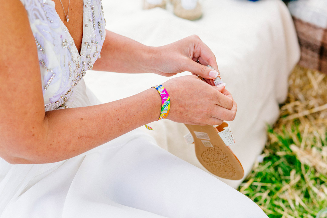wristbands-glastonbury-festival-wedding-els-photography