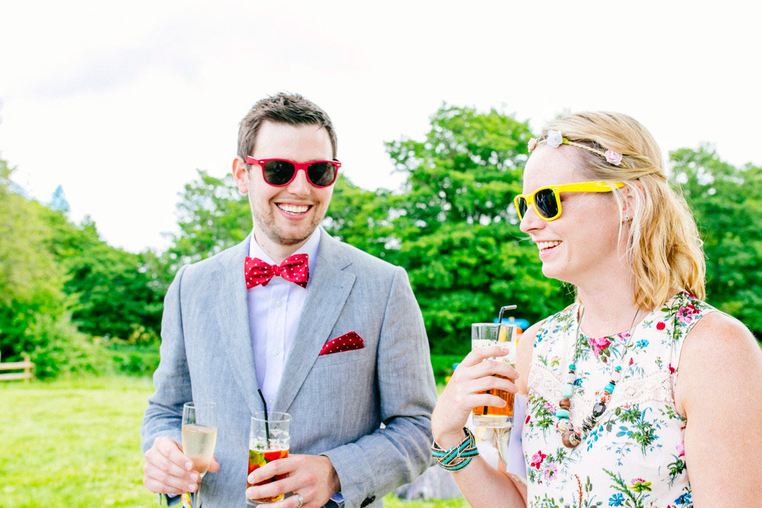 wedding-guests-glastonbury-festival-wedding-els-photography