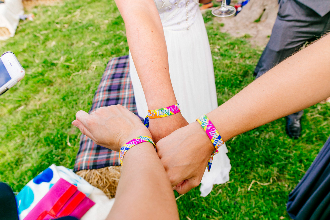 wristbands-by-wedfest-glastonbury-themed-festival-wedding-els-photography