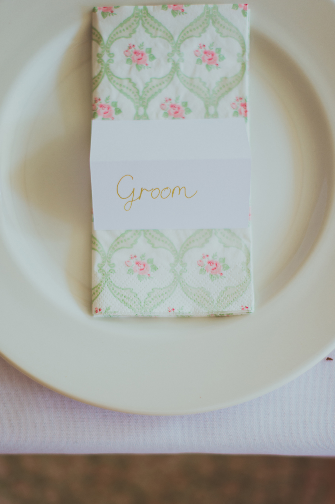 DIY-wedding-napkins-vicky-and-james-festival-wedding