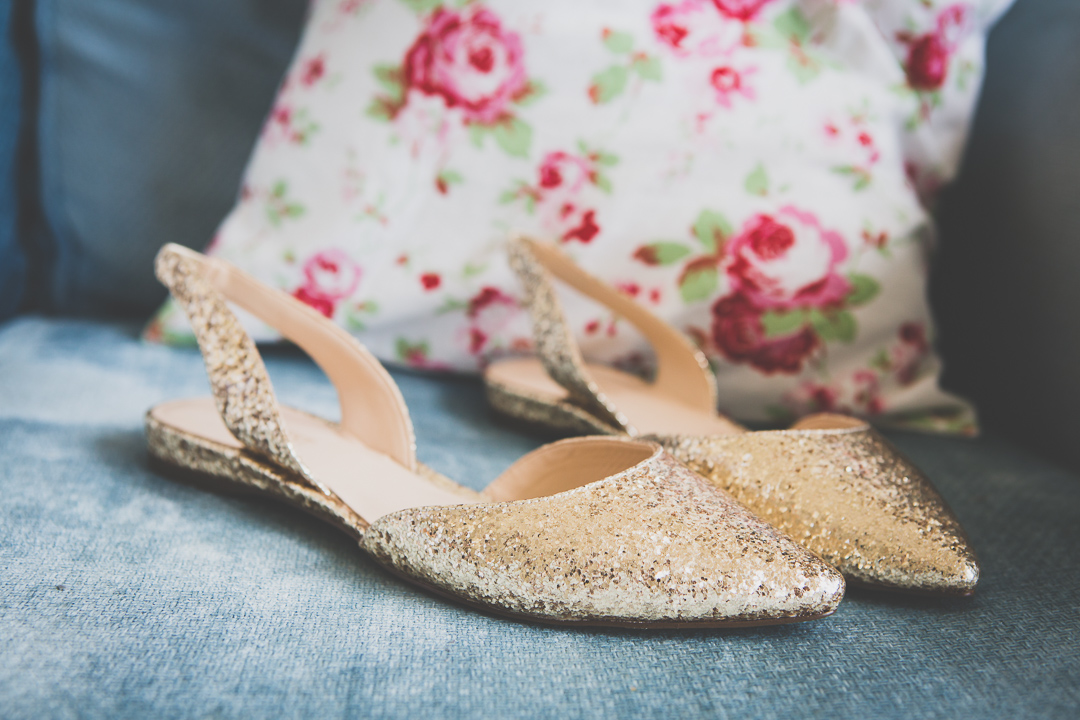 gold-shoes-festival-style-wedding-in-devon-alexa-pope-photography