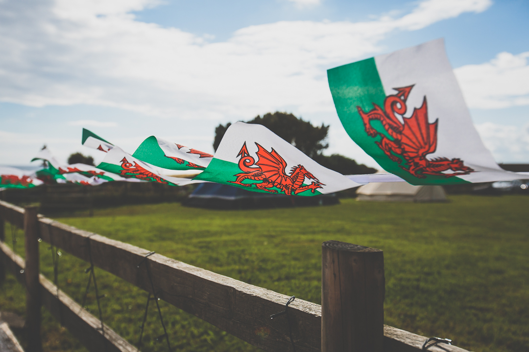 welsh-bunting-festival-style-wedding-in-devon-alexa-pope-photography