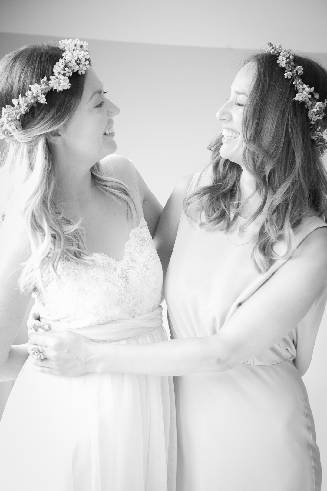 boho-bride-and-bridesmaid-sara-and-tims-festival-wedding-joe-buford-photography