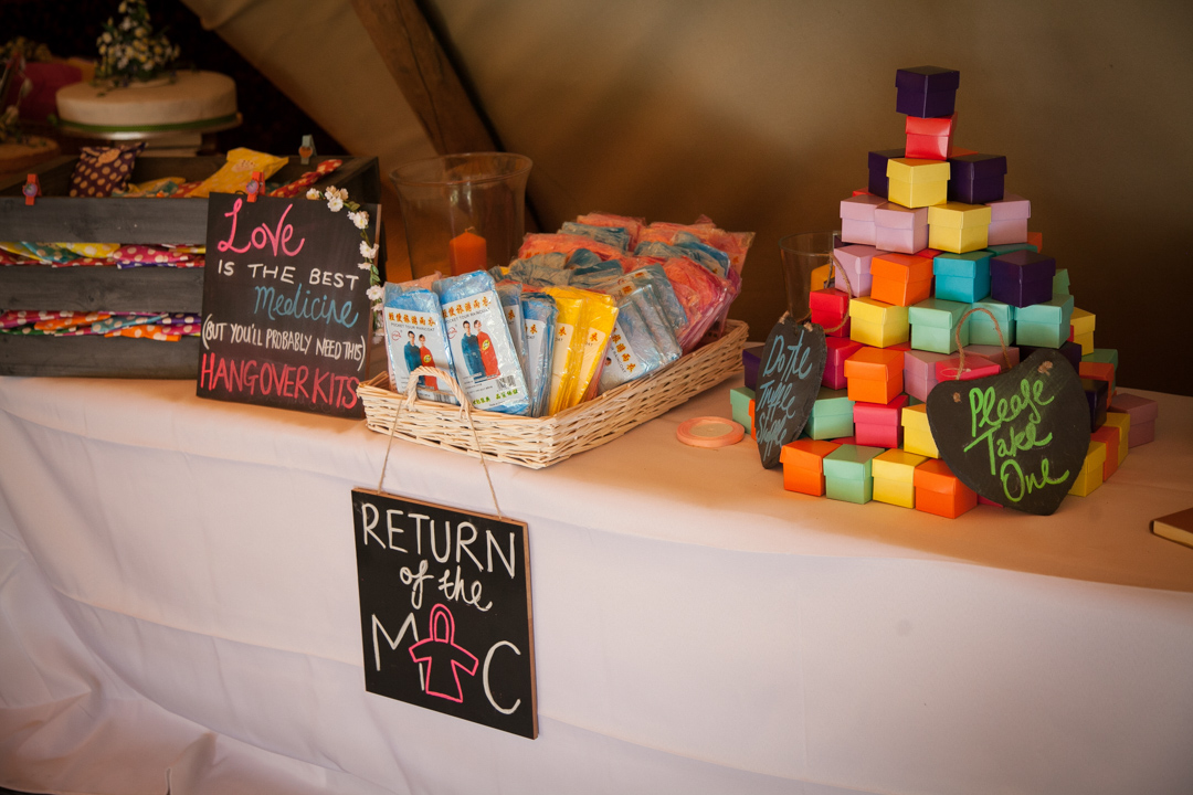 hangover-kits-and-favours-sara-and-tims-festival-wedding-joe-buford-photography