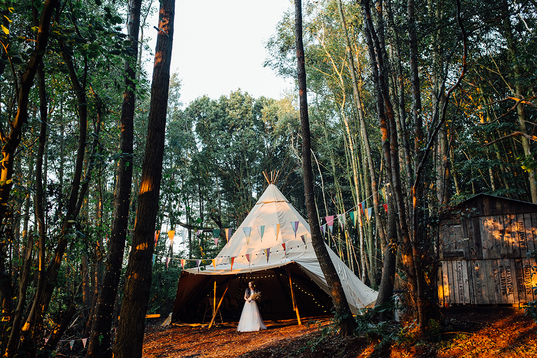 kent-outdoor-festival-wedding-venue-wilderness-weddings