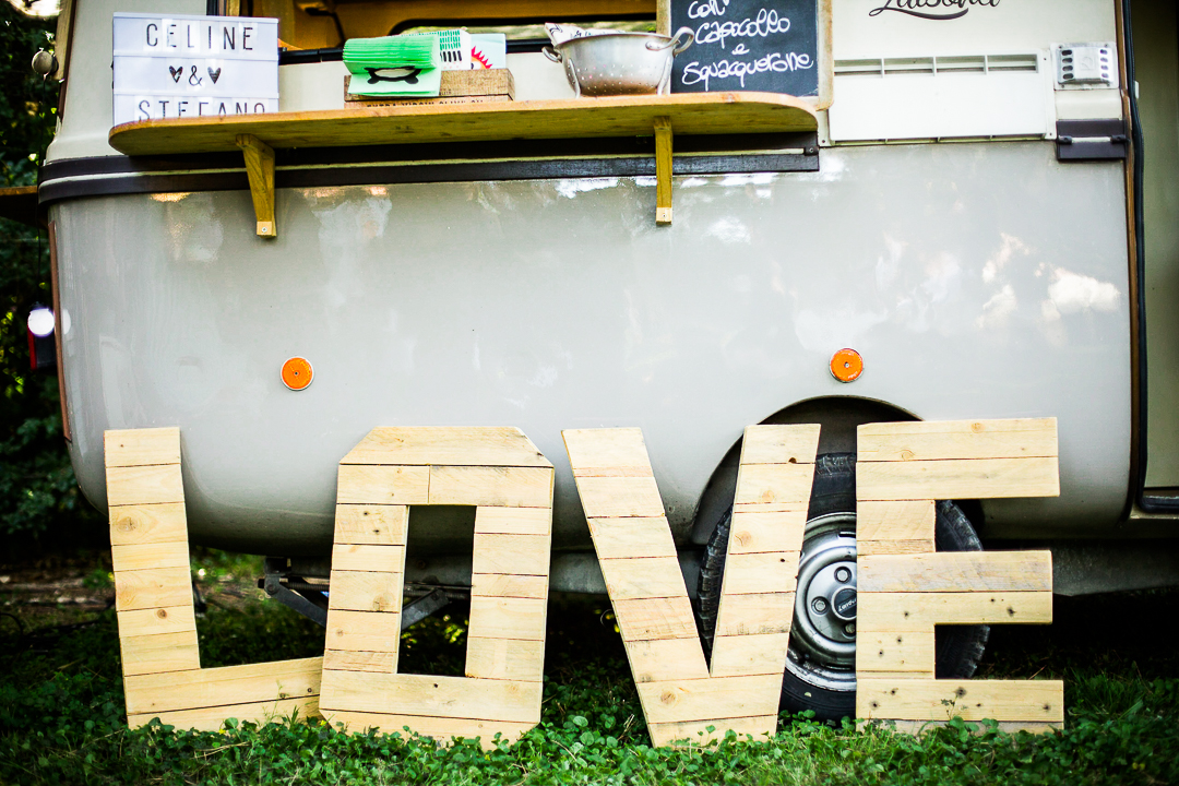 lesrecitsdebecca-wedding-roma-foodtruckfestival-99