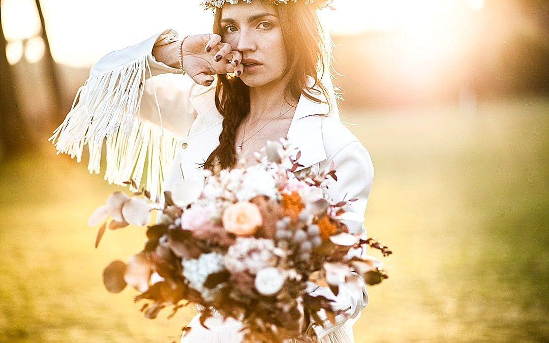 Free-Spirited Boho Luxe Wedding Shoot in the English Countryside