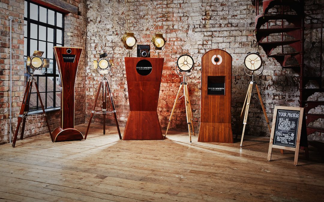 Win A Vintage Theme Photo Booth For Your Wedding With Booth Nineteen